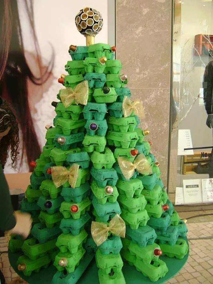 egg-box-christmas-tree